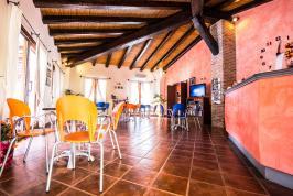 Bar van appartement Il Sogno gelegen in Sardinië.