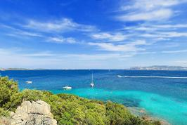 Uitzicht vanaf het privé strand Cala Selvaggia