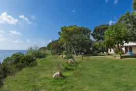 Buitenaanzicht Villa Plutoni.